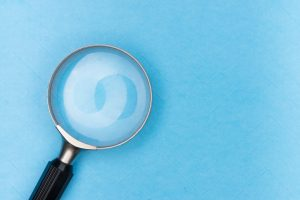 magnifying glass seo search page